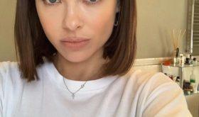 Елена Темникова призналась, что ретуширует фото, и назвала средства, с помощью которых маскирует акне