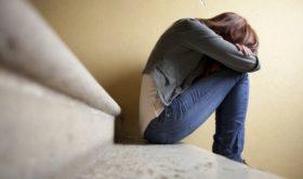 Тоже плачут: почему дети богатых родителей сами уходят из жизни