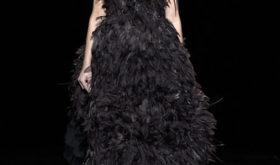 Супермодель Кристи Терлингтон впервые за 20 с лишним лет вышла на подиум