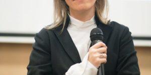 «Женщине стыдно сказать, что муж ее ударил»: Собчак и Горбачева поговорили о гендерном насилии