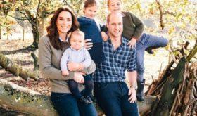 Кейт Миддлтон и принц Уильям представили новые фото принцессы Шарлотты в честь ее 4-летия