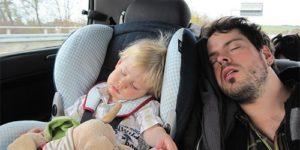 Неправильное использование детских автокресел делает сон в них смертельно опасным
