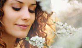 Фейс-контроль: наш топ-лист эффективных масок для лица, губ и под глаза
